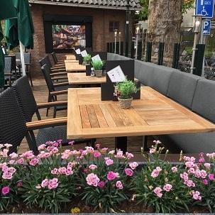 Terras restaurant 't Genot Schouwen Duiveland